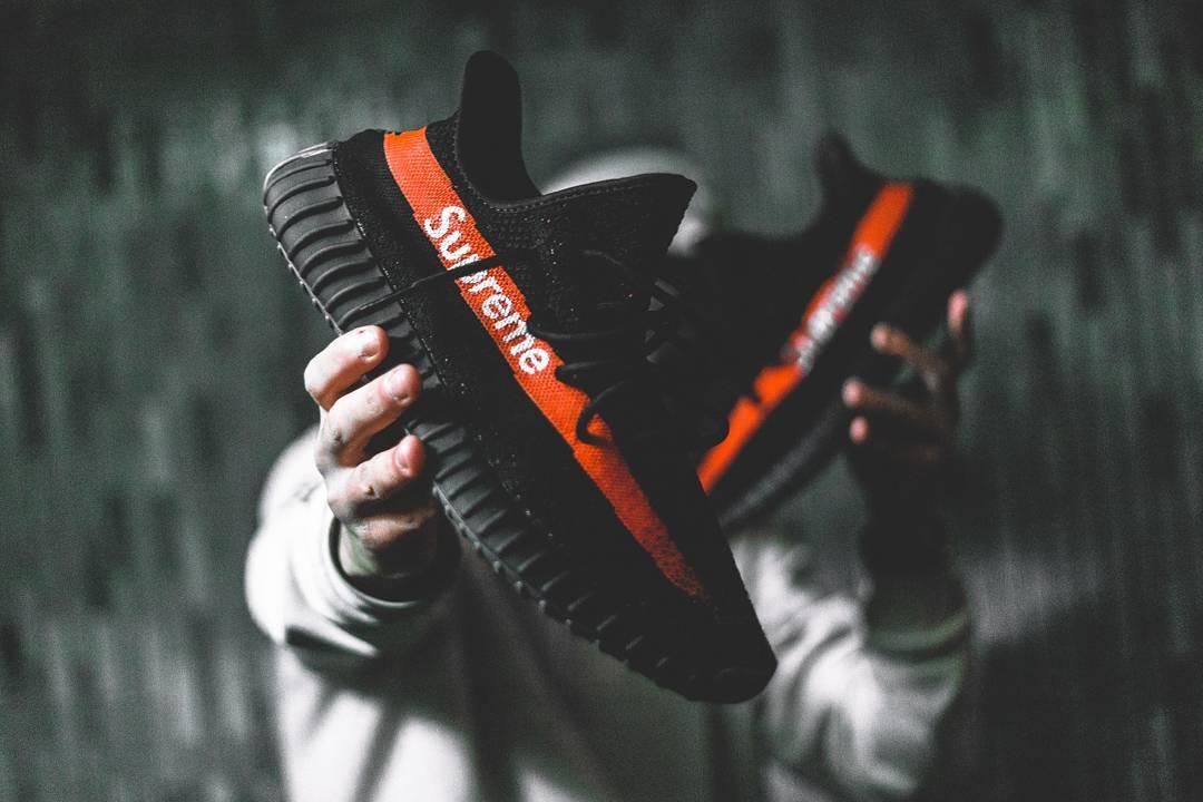 adidas yeezy boost 350 v2 x supreme