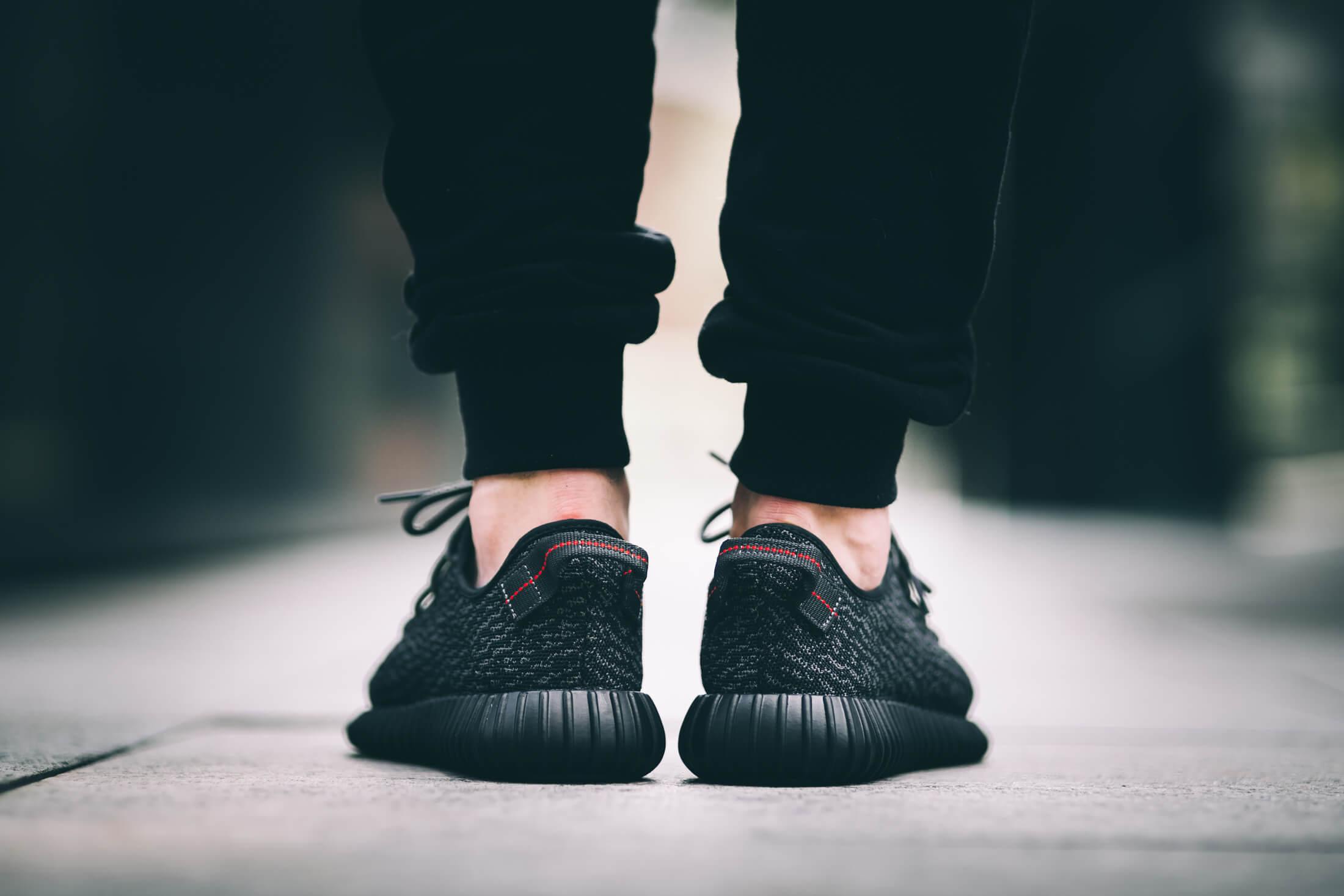 adidas Yeezy 350 Boost Black