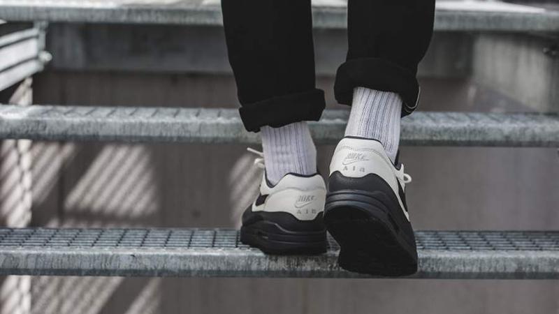 Nike Air Max 1 Premium Grey Black