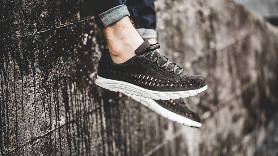 Nike Mayfly Woven Black Gum | Where To