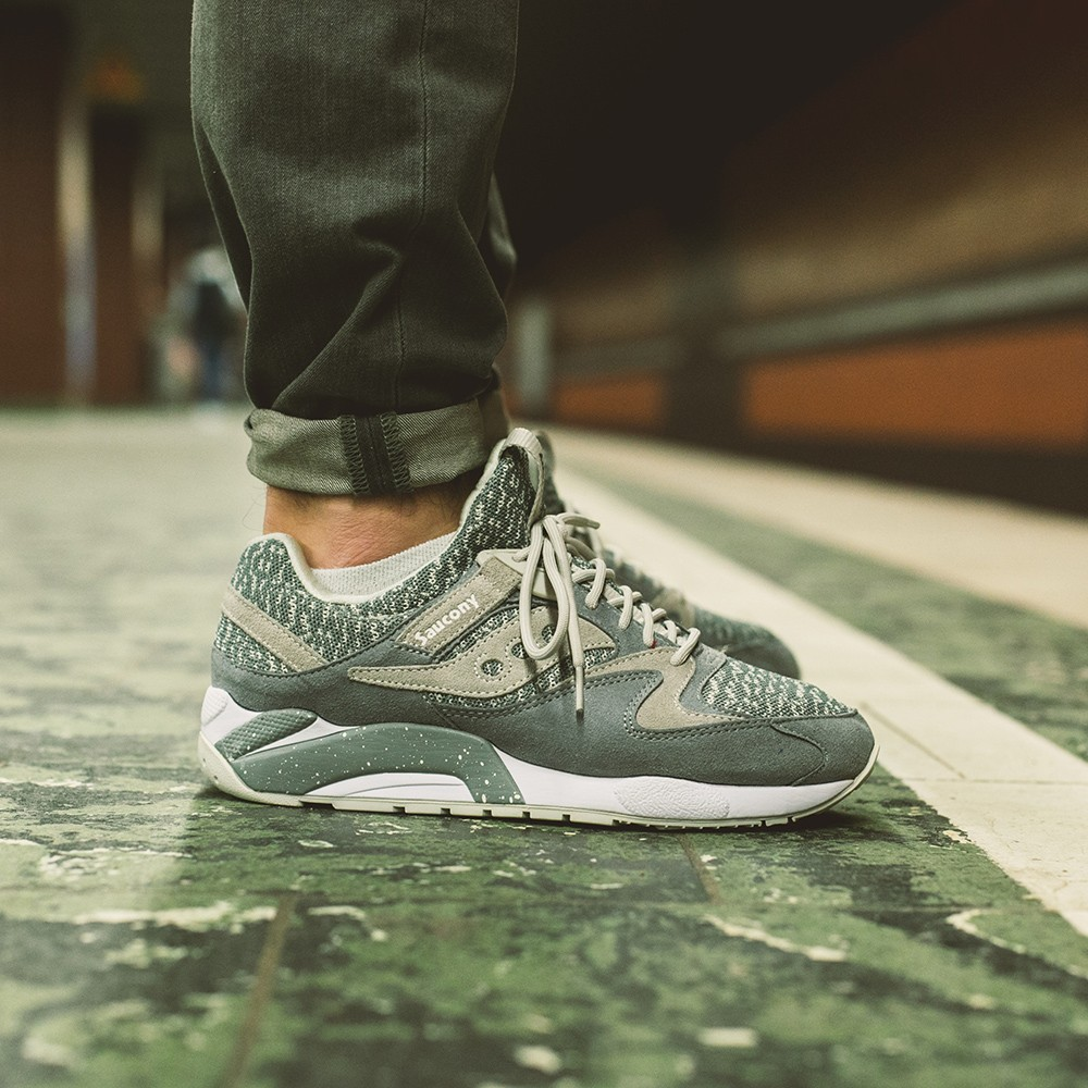 Saucony Grid 9000 Knit Grey - Where To Buy - S70302-3 | The Sole