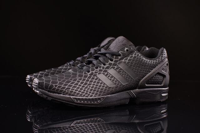 adidas ZX Flux Techfit Black Snake
