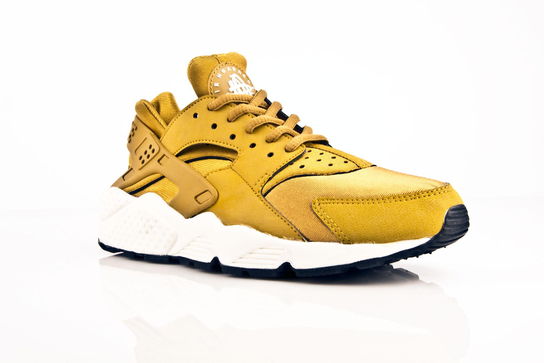 air huarache in gold \u003e Clearance shop