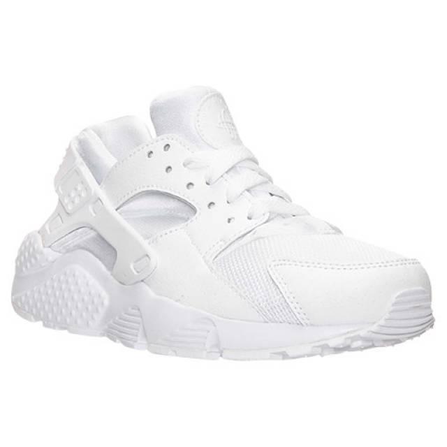 white huaraches junior 5.5
