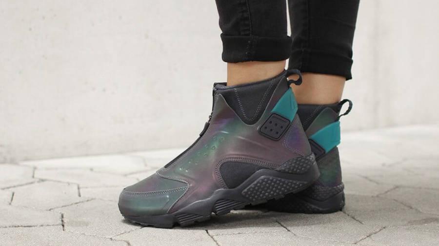 Nike Air Huarache Mid Womens Iridescent
