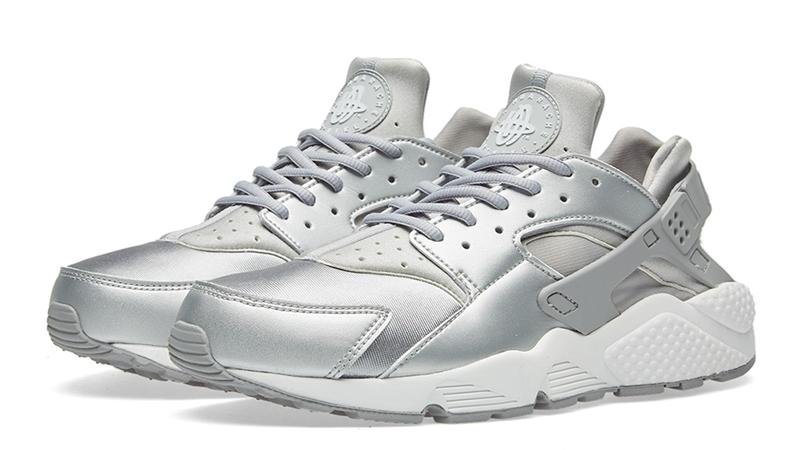Nike Air Huarache Run SE Metallic Silver