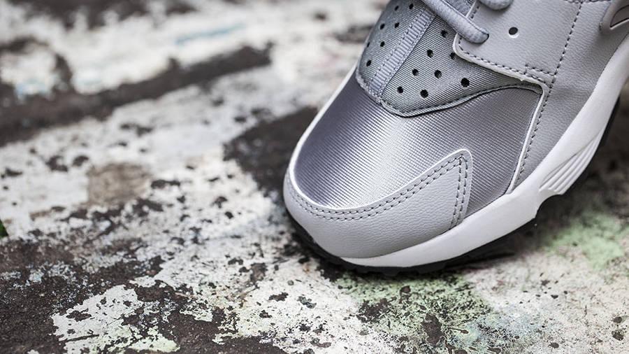 Nike Air Huarache Womens Wolf Grey