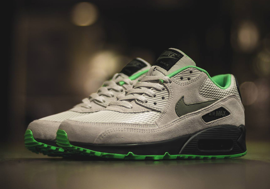 Nike Air Max 90 Light Bone Where To Buy 537384 043 The Sole