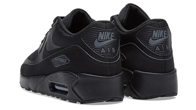 nike air max 90 ultra 2.0 triple black trainers