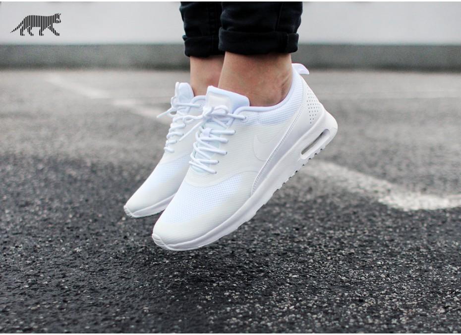 Nike Air Max Thea 'All White' | Sapatos