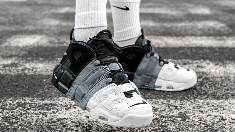 colección genéticamente Enciclopedia  Nike Air More Uptempo Tri-Color - Where To Buy - 921948-002 | The Sole  Supplier