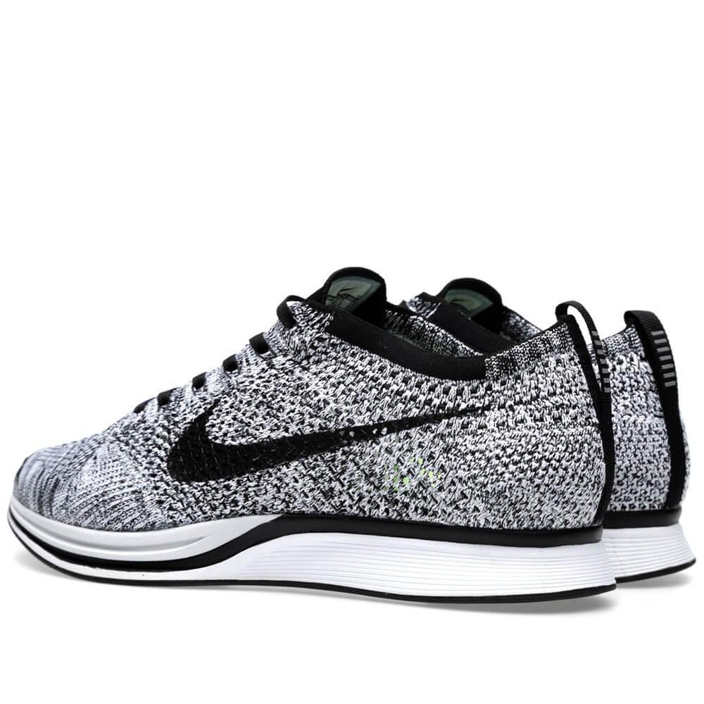 ignoranza attitudine Festival  Nike Flyknit Racer Black White Volt - Where To Buy - 526628-101 | The Sole  Supplier