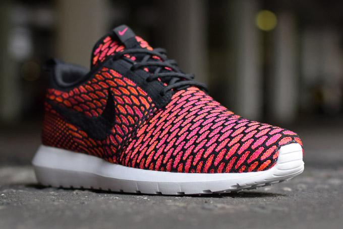 Nike Flyknit Roshe Run NM Fireberry