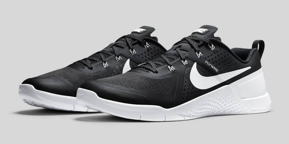 Nike Metcon 1 Black White   Where To