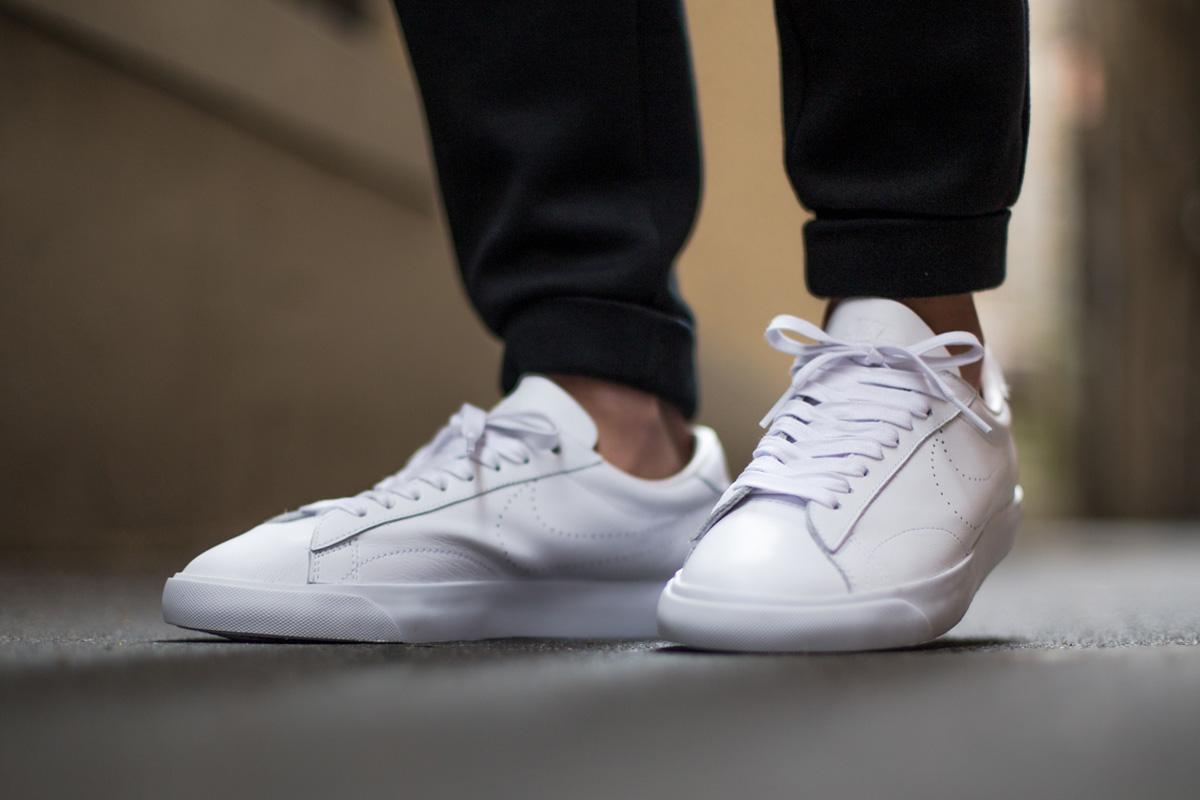 Nike Nike Tennis Classic White Mono