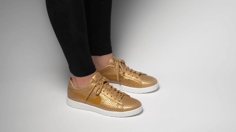Nike Tennis Classic Ultra Premium Gold