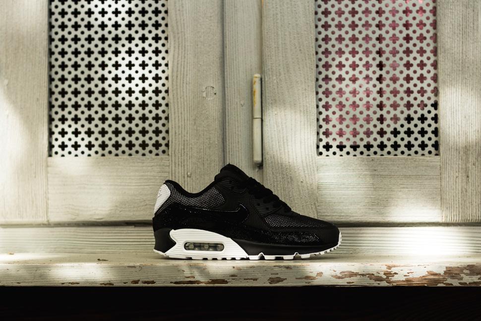 Nike Womens Air Max 90 PRM Black White