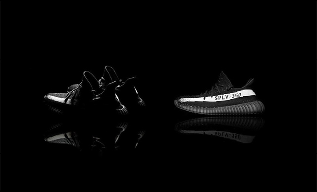 yeezy 350 boost black and white