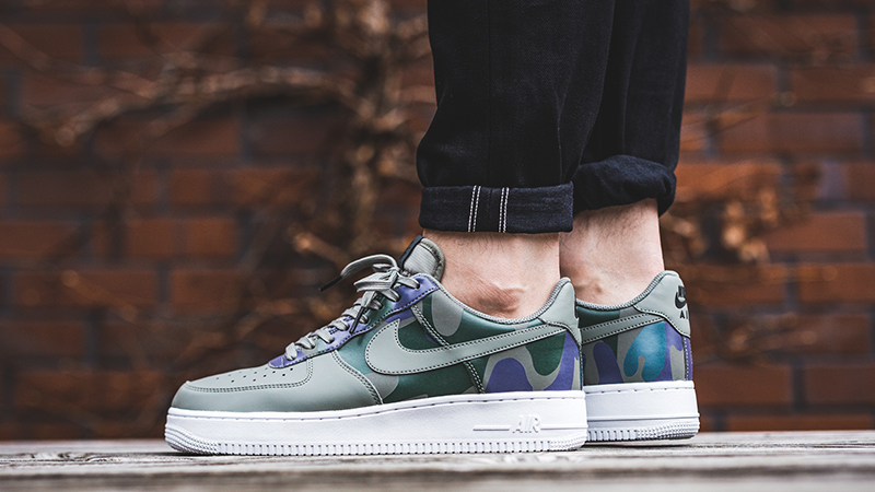 Nike Air Force 1 07 LV8 Country Camo Pack Dark Stucco