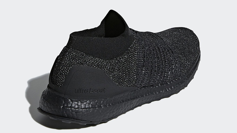 adidas Ultra Boost Laceless Triple Black