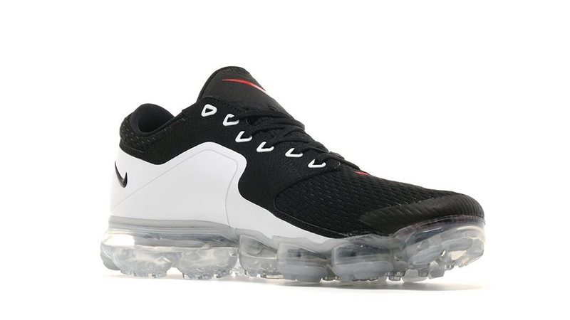 white and black vapormax