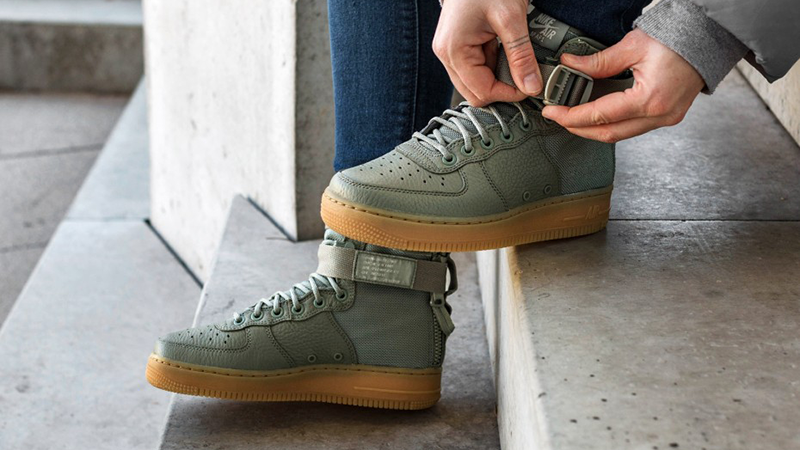 Nike SF Air Force 1 Mid Dark Stucco Womens