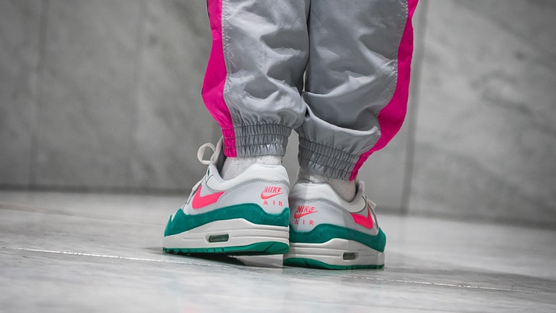 Residente Una efectiva Ejército  Nike Air Max 1 Watermelon / South Beach | Where To Buy | AH8145-106 | The  Sole Supplier