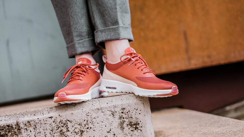 cuenta Guión pescado  Nike Air Max Thea LX Dusty Peach Womens - Where To Buy - 881203-201 | The  Sole Supplier