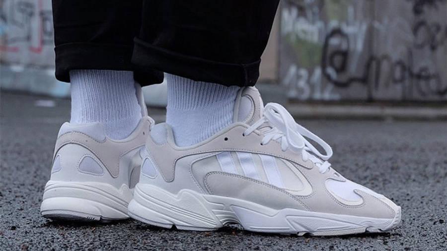 https://cms-cdn.thesolesupplier.co.uk/2018/03/adidas-Yung-1-White-B37616-09_w900.jpg