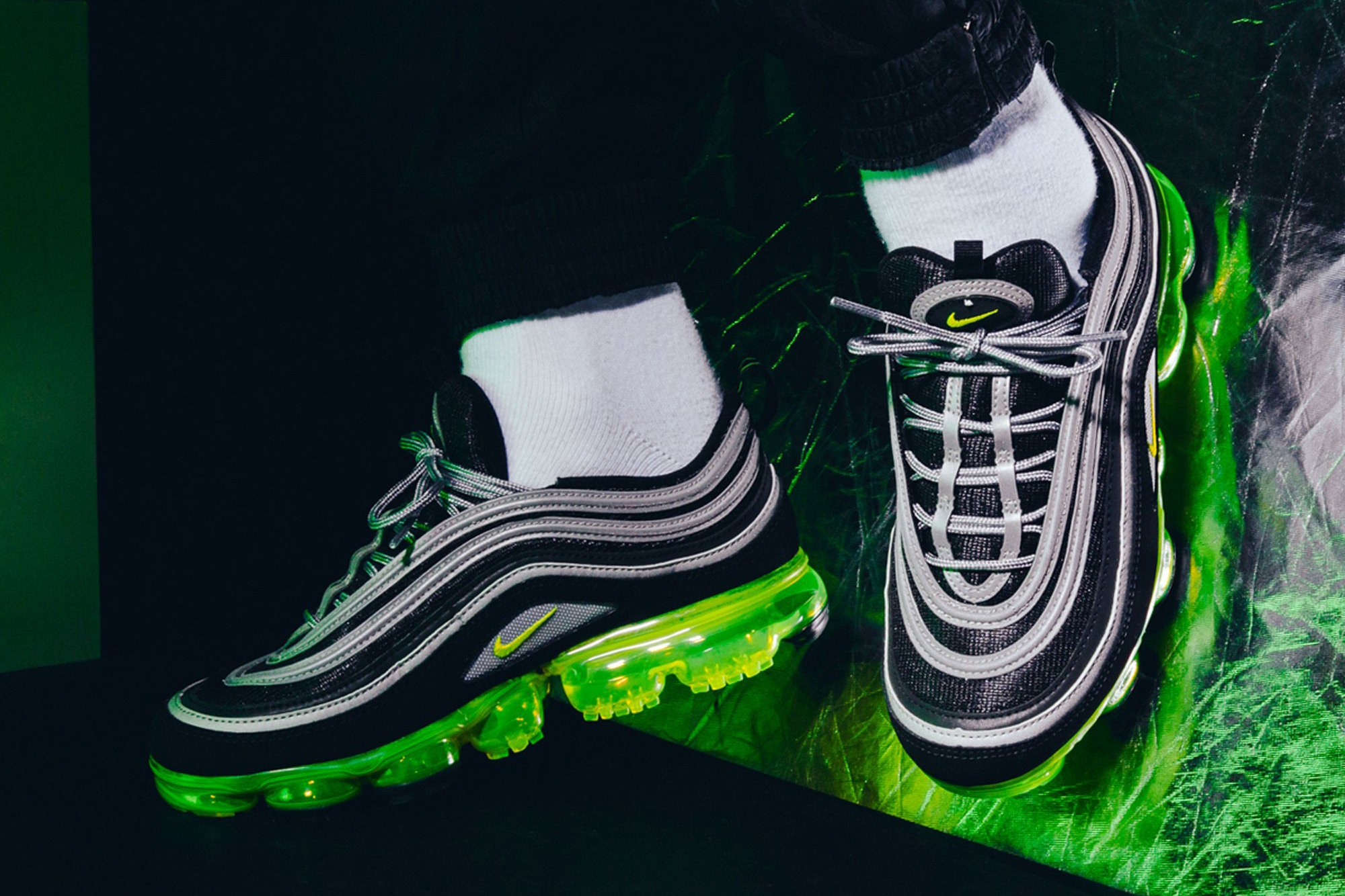 Más grande Rebaja Tregua  On-Foot Look At The Nike Air VaporMax 97 'Japan' | The Sole Supplier