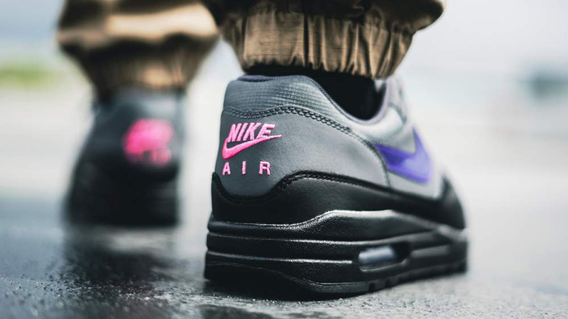 immagine Caroline imbattersi  Nike Air Max 1 Black Grey Purple Pink - Where To Buy - AR1249-002 | The  Sole Supplier