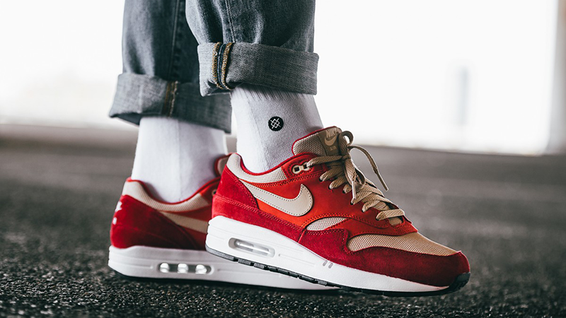 air max 1 red curry on feet