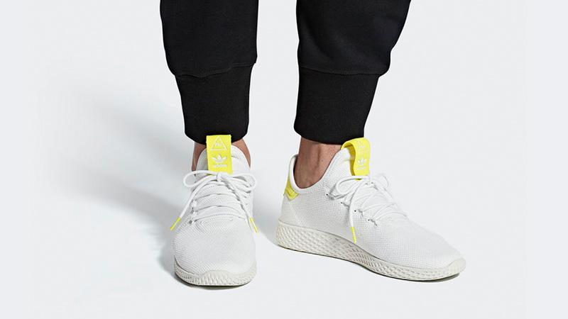 Vago Aparecer Presunto  Pharrell x adidas Tennis Hu White Yellow | Where To Buy | B41806 | The Sole  Supplier