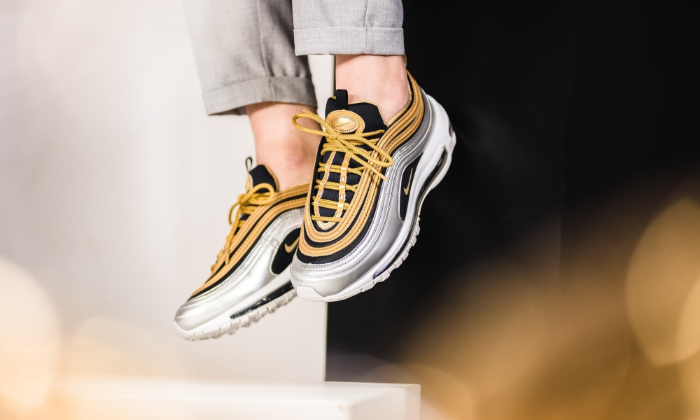 Nike Air Max 97 Trainers Gold Silver