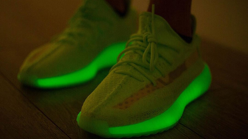 glow in the dark yeezys