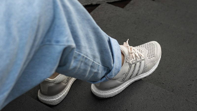 adidas Ultraboost 1.0 CreamChalk BB7802
