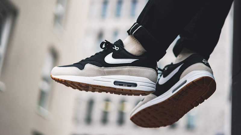Nike Air Max 1 Black Beige