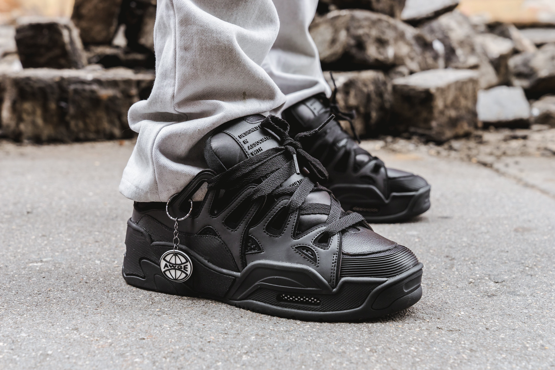 ceja Soberano vestir  An On Foot Look At The A$AP Rocky x Under Armour SRLo | The Sole Supplier