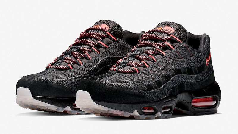 https://cms-cdn.thesolesupplier.co.uk/2018/10/Nike-Air-Max-95-Black-Infrared-AV7014-001-03.jpg