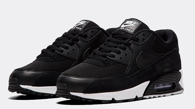 air max 90 essential black and white