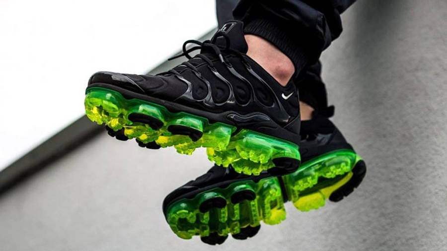 Nike Air VaporMax Plus Black Volt   Where To Buy   924453-015 ...