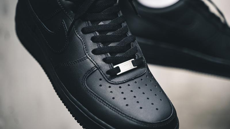 Nike Air Force 1 'Triple Black'