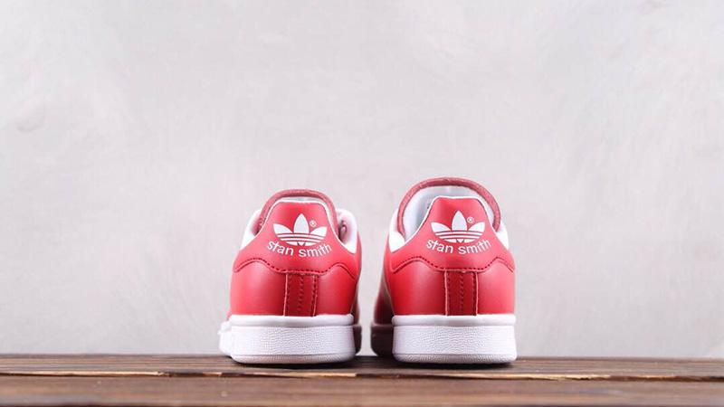 Equipo de juegos Fácil de leer Muerto en el mundo  adidas Stan Smith Red White Valentines Day Pack Womens - Where To Buy -  G28136 | The Sole Supplier
