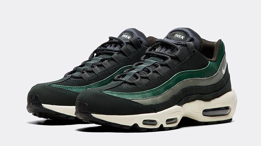 muy morfina Serpiente  Nike Air Max 95 Essential Outdoor Green | Where To Buy | 749766-304 | The  Sole Supplier