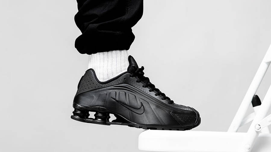 Nike Shox R4 Black   Where To Buy