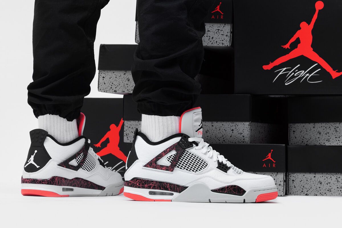 Nike Air Jordan 4 Hot Lava - Where To Buy - 308497-116 | The Sole