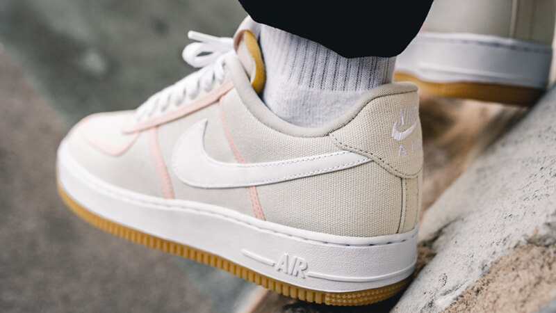 Nike Air Force 1 '07 Premium Beige