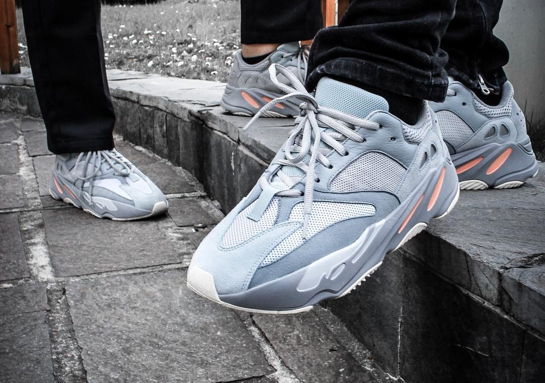 yeezy 700 sizing compared to 350