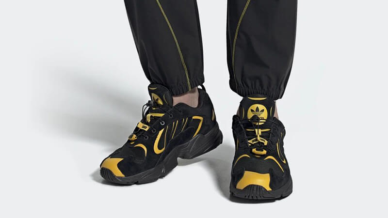 https://cms-cdn.thesolesupplier.co.uk/2019/05/adidas-Yung-1-WANTO-EE9254-on-foot.jpg