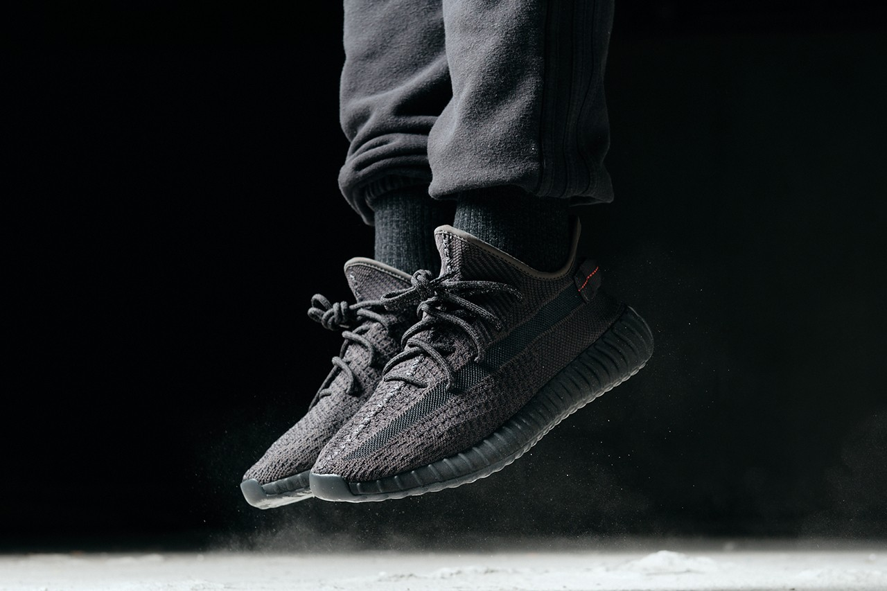 O cualquiera toda la vida Eh  Another On Foot Look At The Yeezy Boost 350 V2 Black   The Sole ...